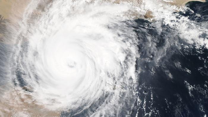 Hurricane 700