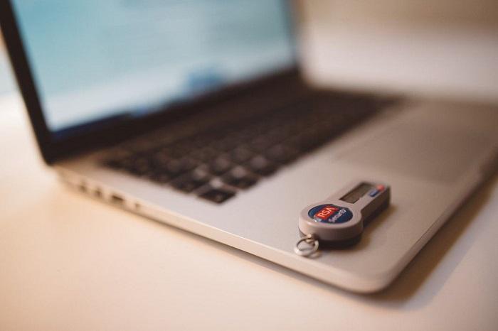 negative-space-macbook-internet-security-banking-Custom-1.jpg